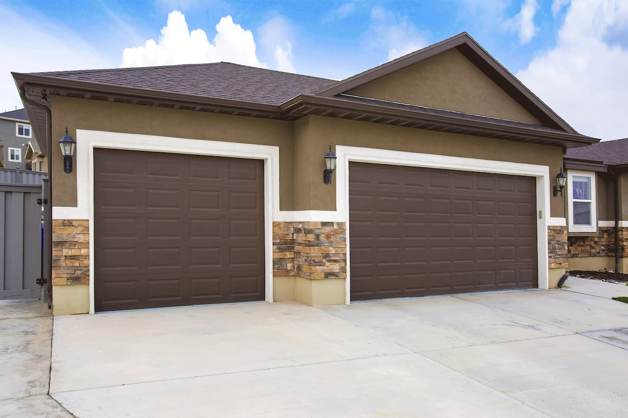 brown exterior house siding options